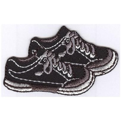 Märke att stryka fast skor. Se fler laglappar och tygmärken hos ... baa86c1aba6a9