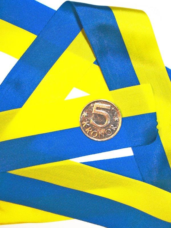 Invigningsband 40 mm 50 meter se fler bl gula band hos for Schreibtisch 2 50 meter